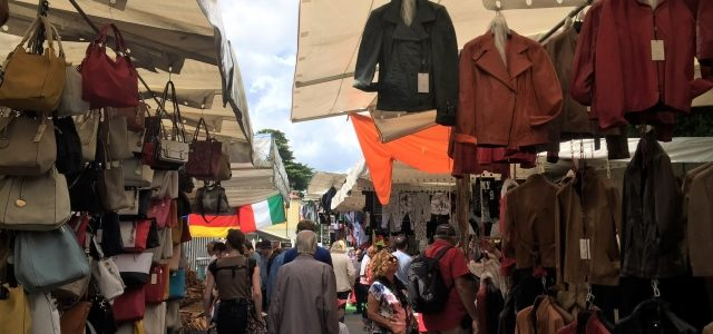 Luino am Lago Maggiore: Ausflug zum Markt am Mittwoch