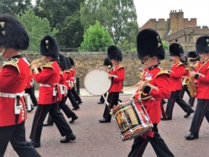 London kostenlos Wachwechsel Buckingham Palace bearbeitet klein