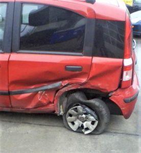 Die richtige Autoversicherung finden Cosmosdirekt Bild 3 Ersatz bearbeitet klein