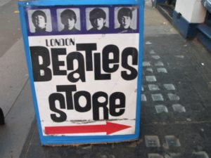 Beatles-Store London Aufmacher 2 bearbeitet klein