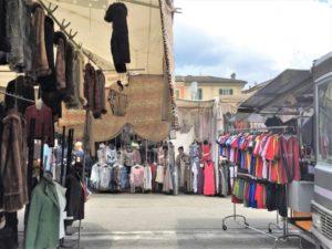 Märkte am Lago Maggiore Luino bearbeitet klein