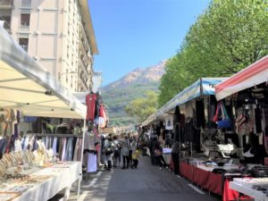 Märkte am Lago Maggiore Omegna bearbeitet klein