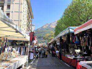 Omegna Der größte Markt am Lago d'Orta Bild 4 bearbeitet klein