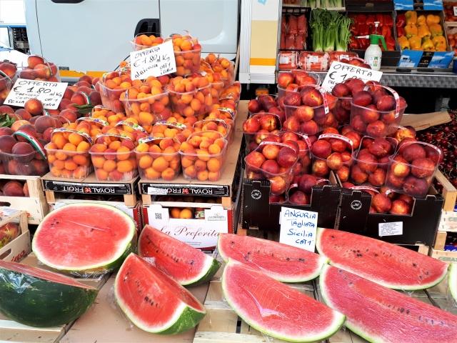 Montags am Lago Maggiore: Der Markt in Baveno - Die bunte Christine