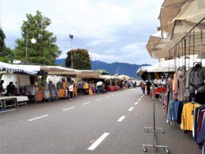 Lago Maggiore Markt in Pallanza Bild 3 bearbeitet klein