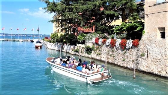Rezension: DuMont Bildband Atlas der Reiselust Italien - Die bunte Christine