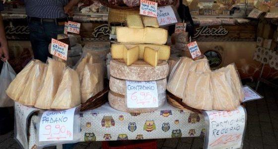 Donnerstags am Lago Maggiore: Der Markt in Cannobio