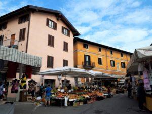 Markt in Sesto Calende Bild 6 bearbeitet klein