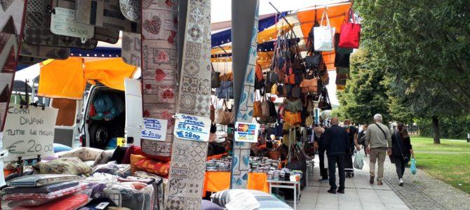 Dienstags am Lago Maggiore: Der Markt in Arona