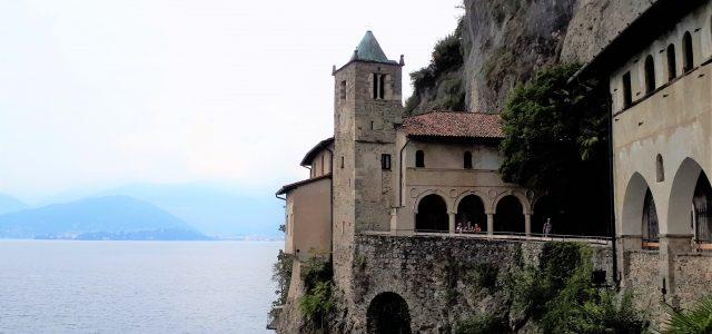 Santa Caterina del Sasso am Lago Maggiore: Eremitenkloster in besonderer Lage